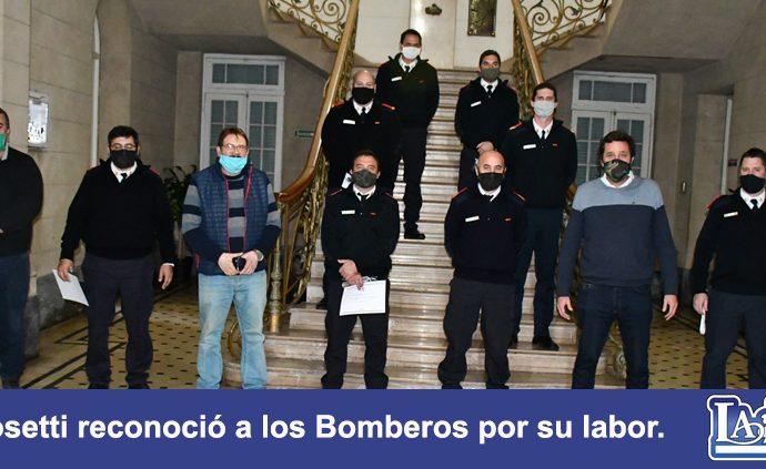 El Intendente Golosetti reconoció la labor de los Bomberos Voluntarios de Casilda.